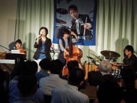 出演は栗田敬子さん(p)高橋直樹さん(b)河北洋平さん(dr)そして、マリー大本さん(vo)